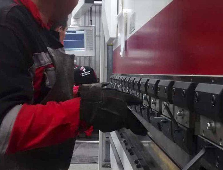 Servicio de Doblado CNC de lámina